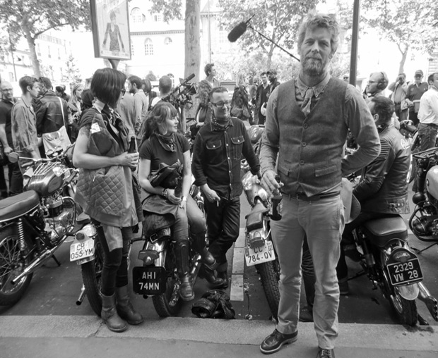 bikers in paris
