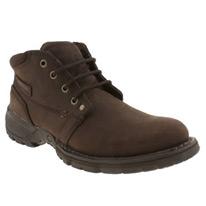 depict boots