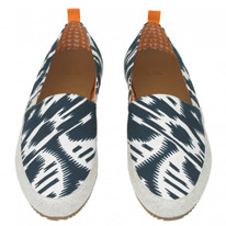 moire shoes