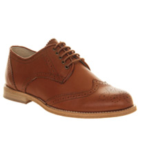 brogues tan leather