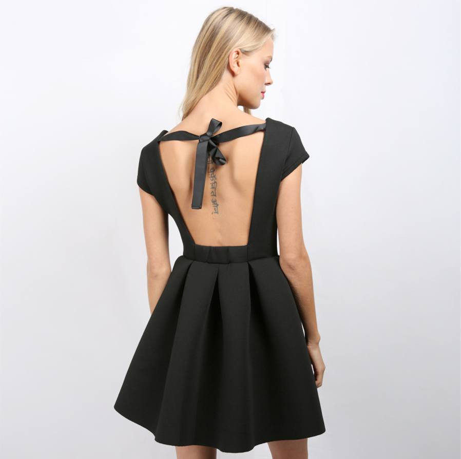 backless-vintage-princess-dress-1