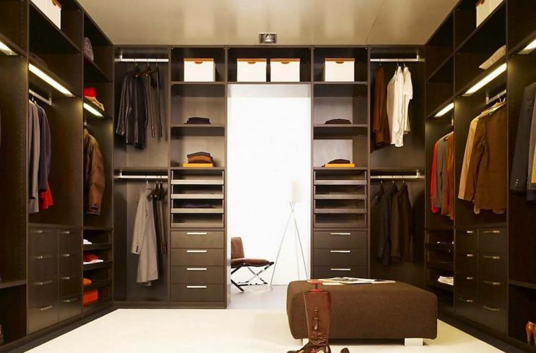 10 wardrobe essentials